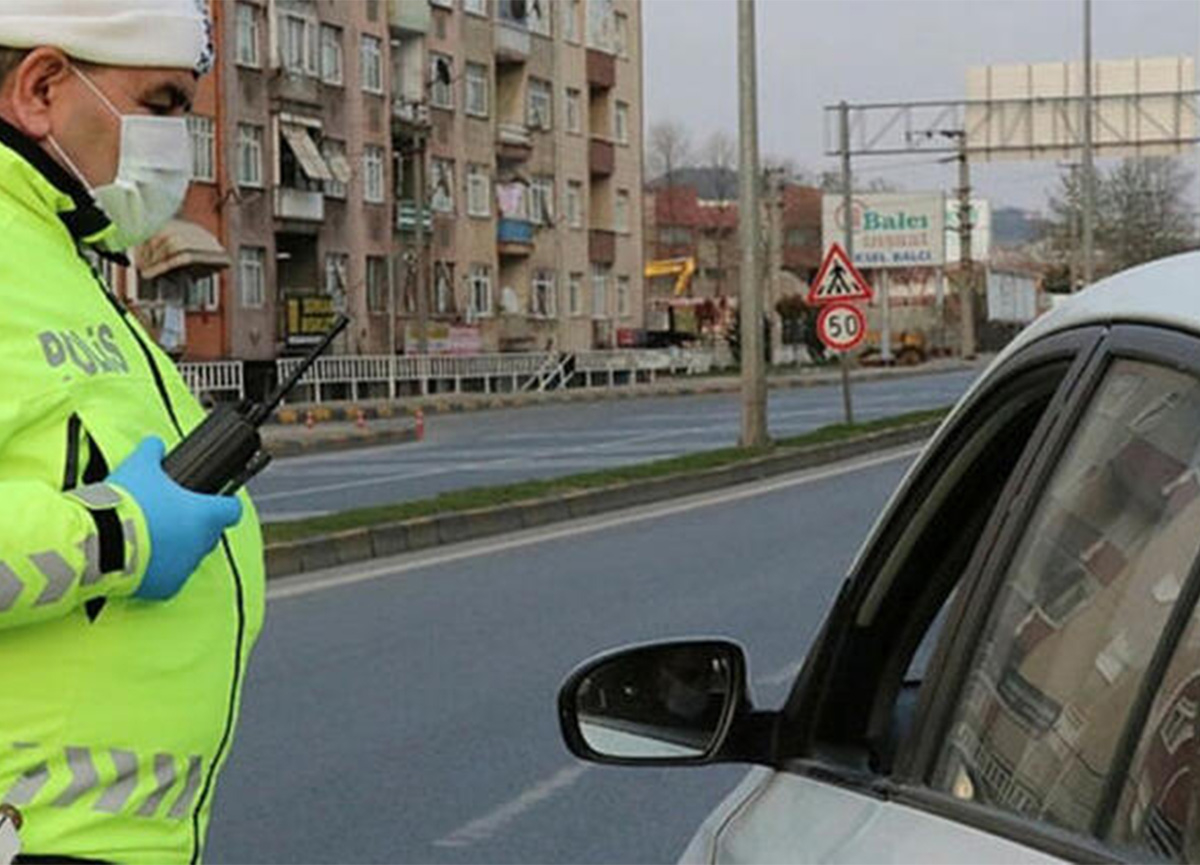 Özel araçlarda maske takma zorunluluğu getirildi!