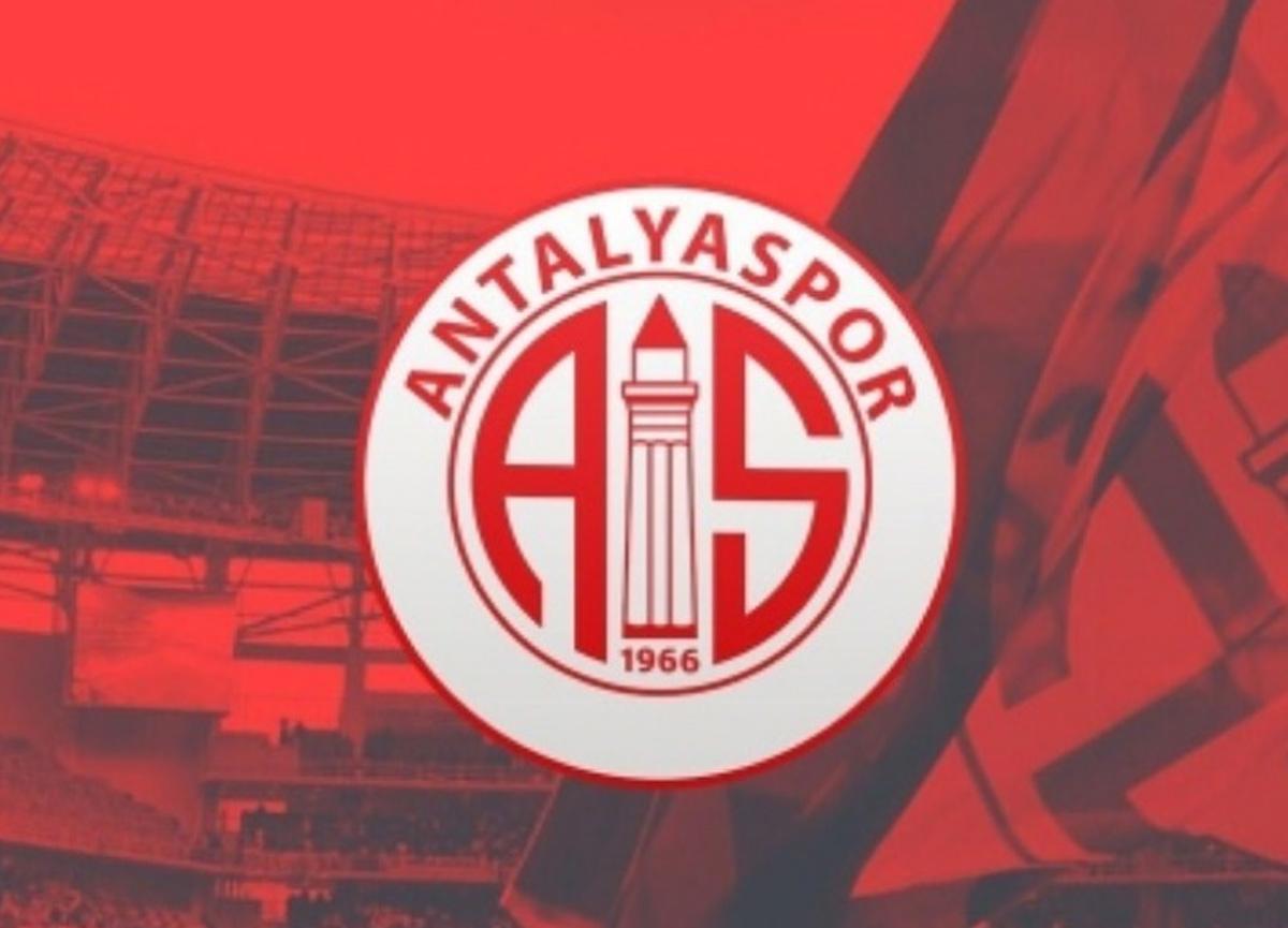 Antalyaspor'dan son dakika koronavirüs açıklaması! 'Testler tutarsızdır, Takımımız İstanbul'a uçacak'