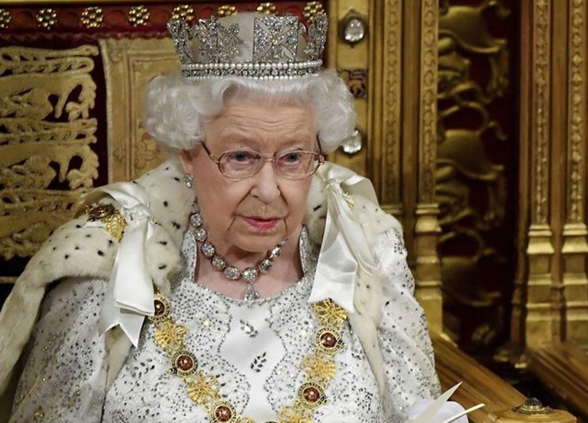 İngiltere Kraliçesi 2. Elizabeth, Harvey Weinstein onur nişanını geri aldı