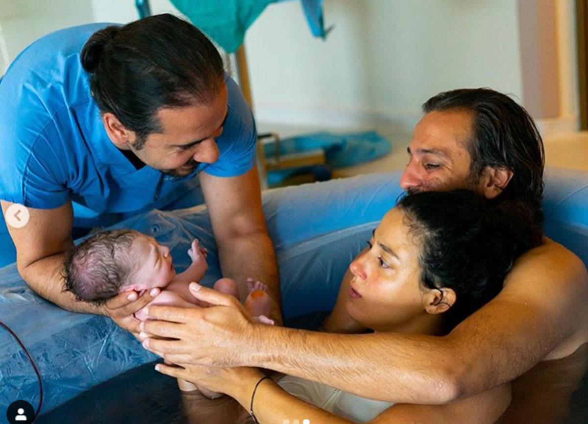 Erkan Kolçak Köstendil ve Cansu Tosun çiftinin oğulları Marsel'in suda doğduğu ortaya çıktı