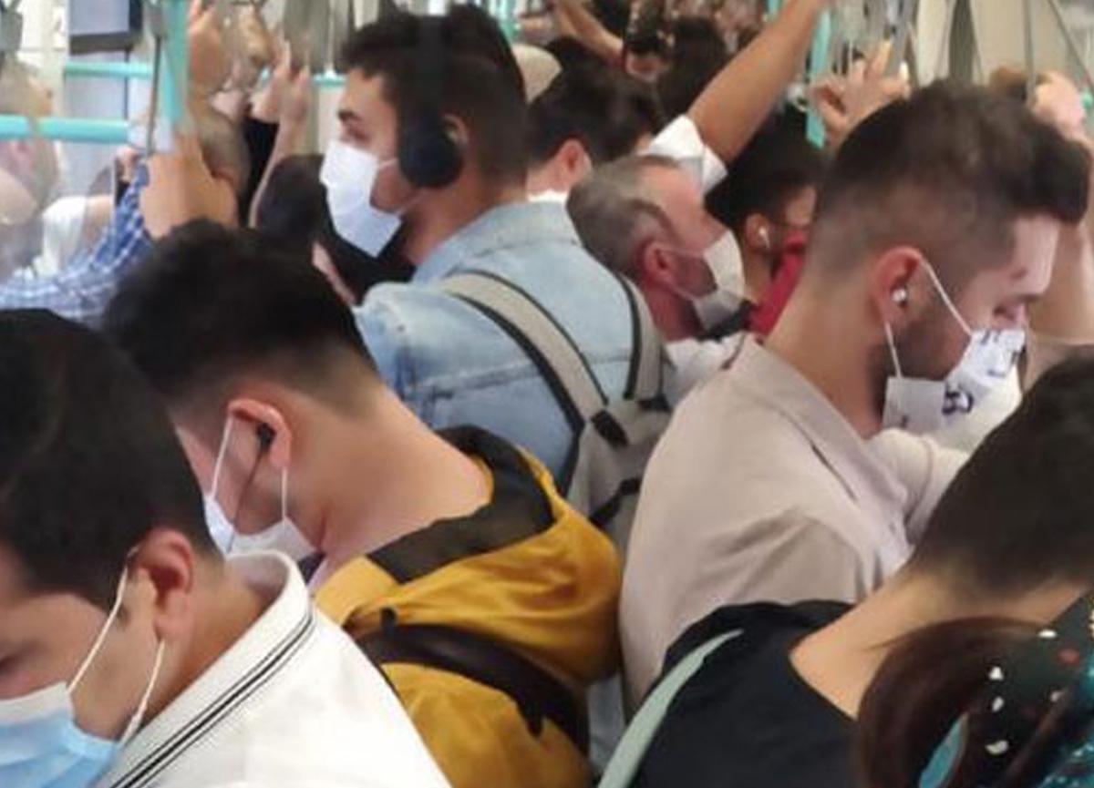 Koronavirüse rağmen Tramvaydaki kalabalık dikkat çekti