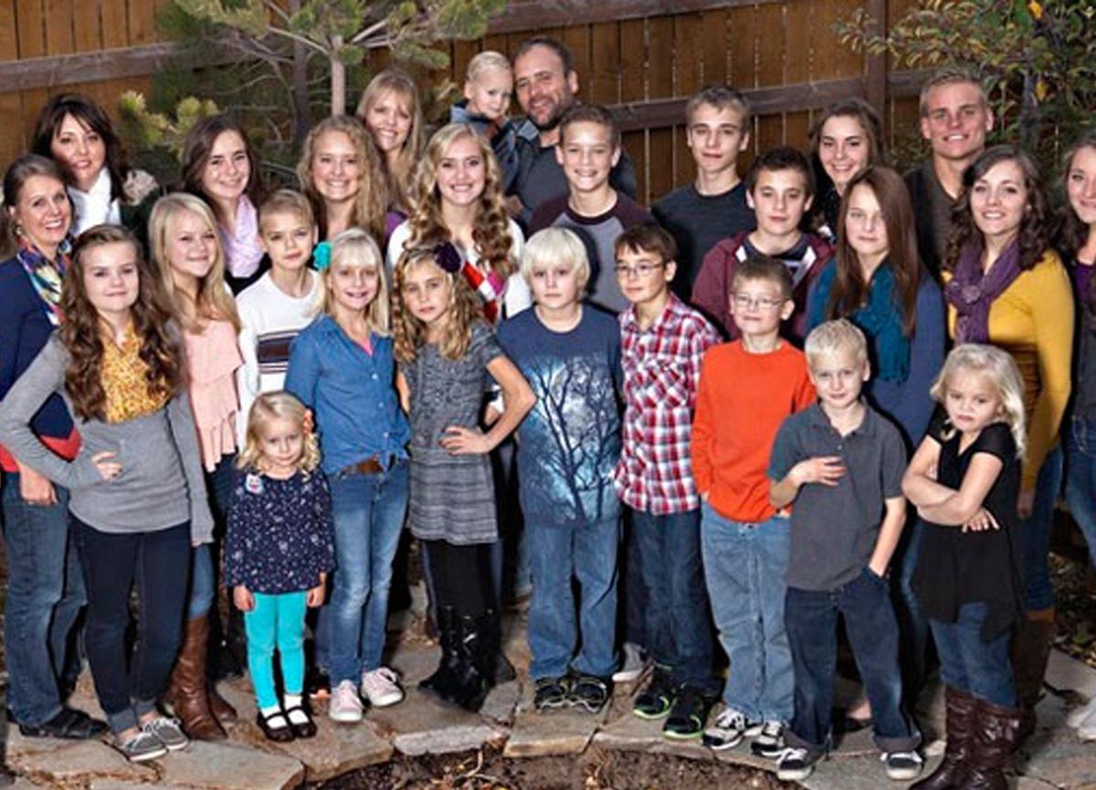 ABD'de yaşayan TV yıldızı ve 5 eşi ve 24 çocuğu olan Brady William'ın günlük hayatı belgesel oldu