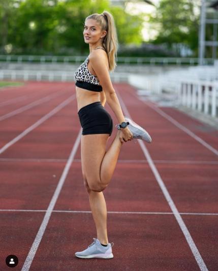 Alica Schmidt, Dortmund'un fitness antrenörlük görevine getirildi!