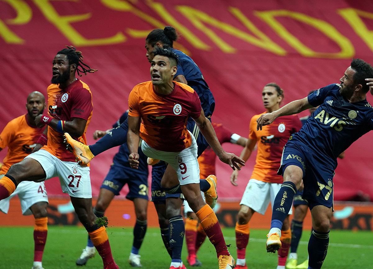 Sarı kartların havada uçuştuğu derbide gol sesi çıkmadı! Galatasaray-Fenerbahçe: 0-0