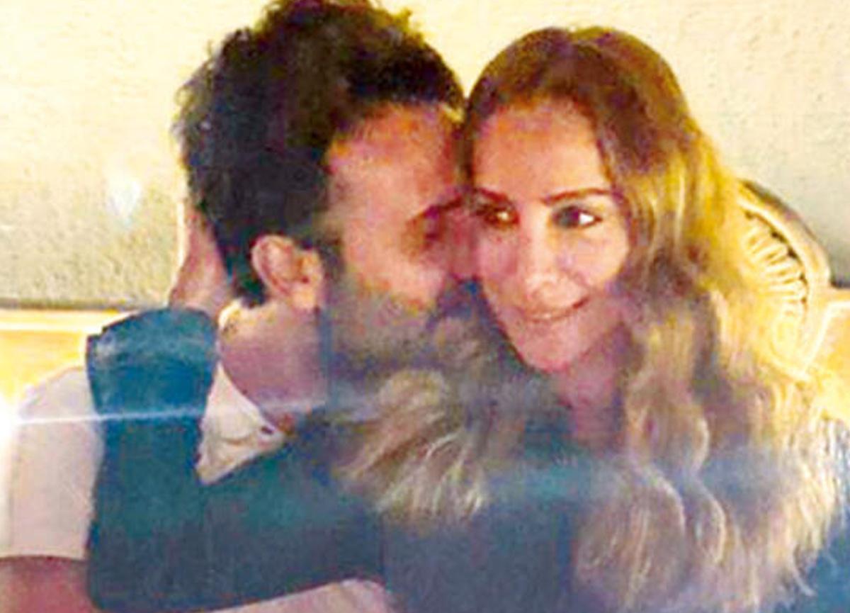Ünlü oyuncu Fatma Toptaş'a sevgilisi Gürkan Topçu evlilik teklifi etti
