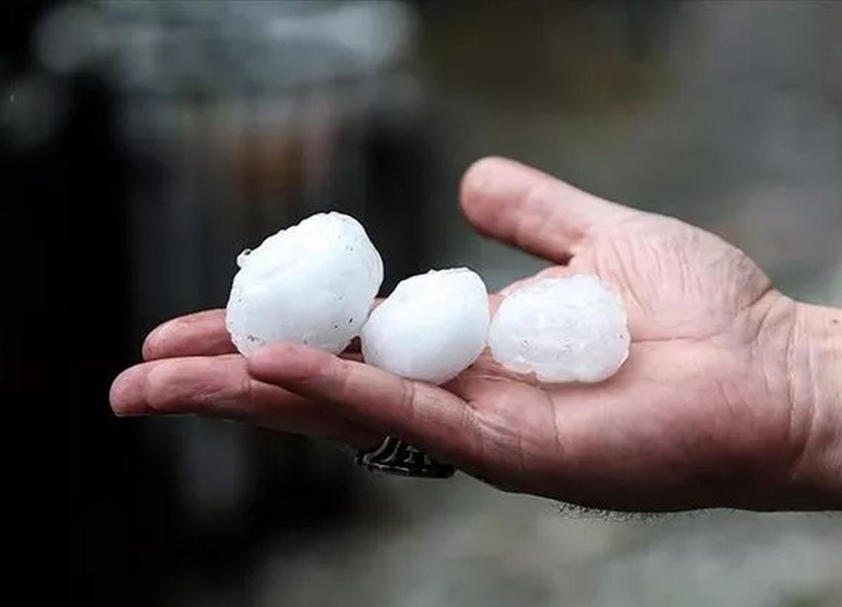 Meteoroloji'den flaş kuvvetli yağış, dolu ve hortum uyarısı