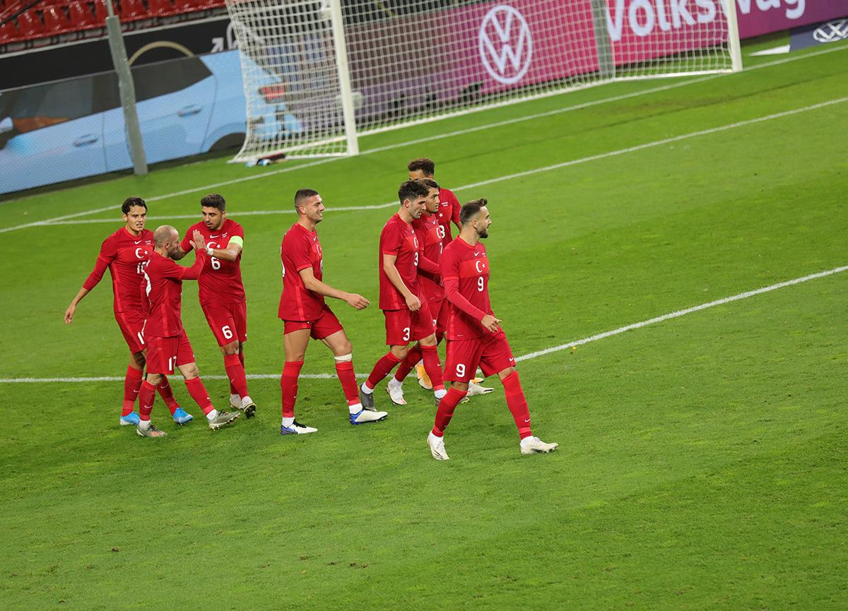 A Milli Takımımız, Almanya karşısında pes etmedi: 3-3 | Almanya - Türkiye maç özeti izle