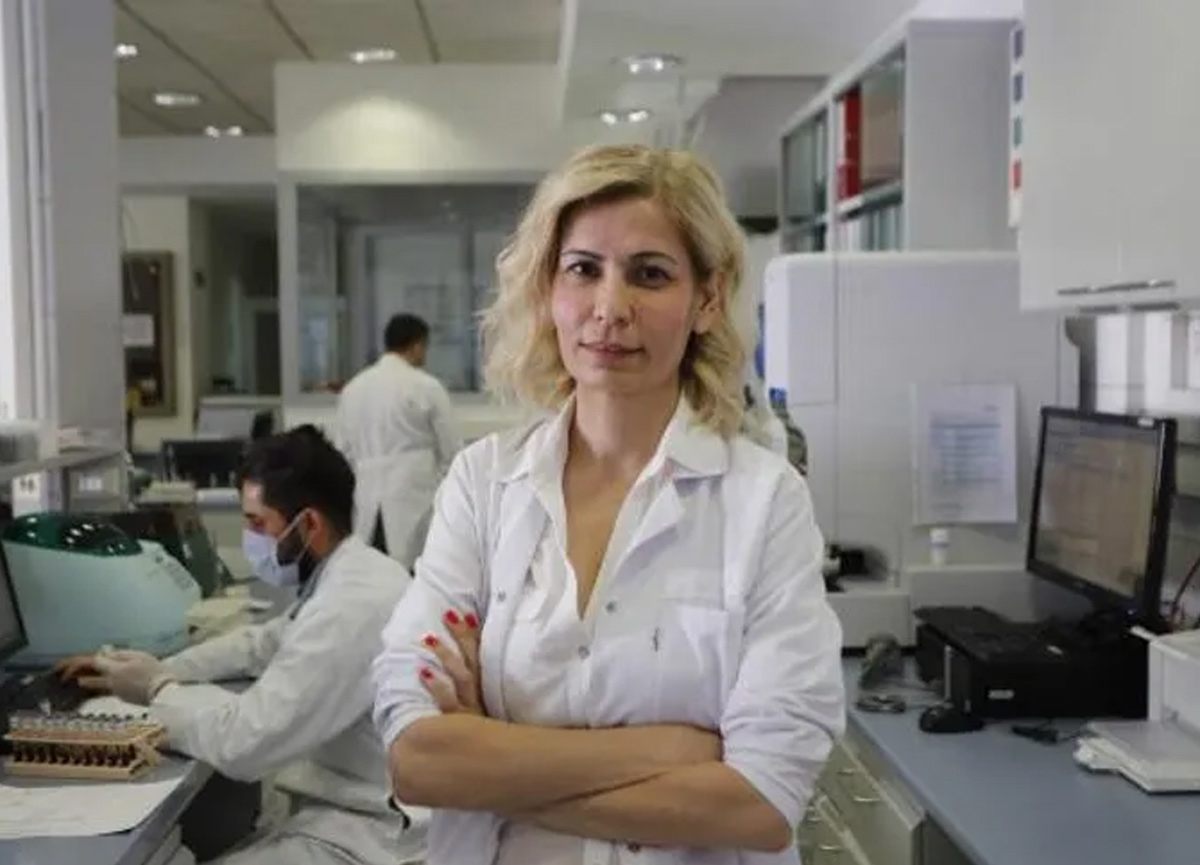 Uzman doktordan çarpıcı koronavirüs açıklaması: Ciltte 11 saat yaşayabiliyor
