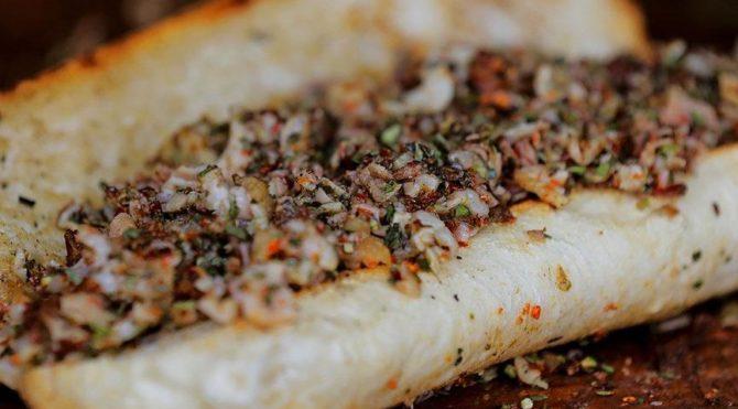 Türk vatandaşının vazgeçemediği lezzet kokoreçte büyük hile!