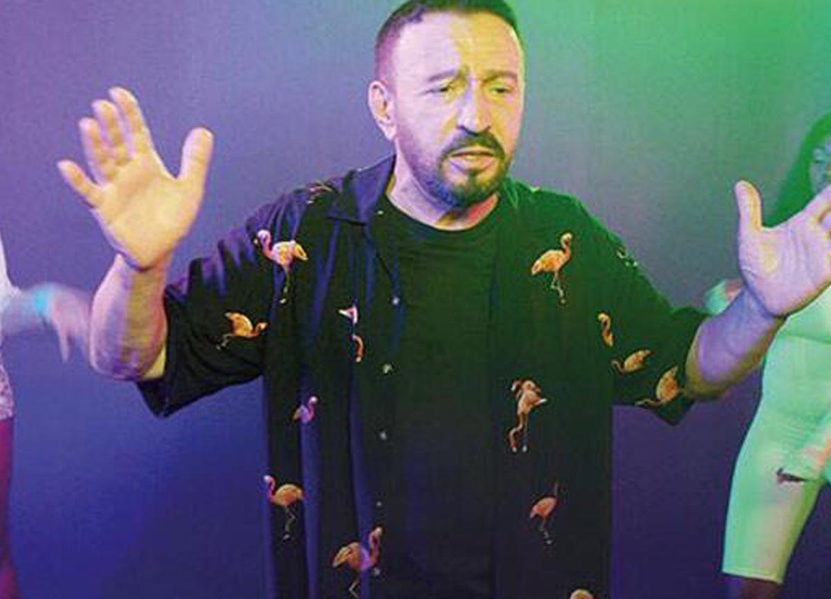 Mustafa Topaloğlu, otele para yetiştiremeyince çözümü dansçıları evine çağırmakta buldu