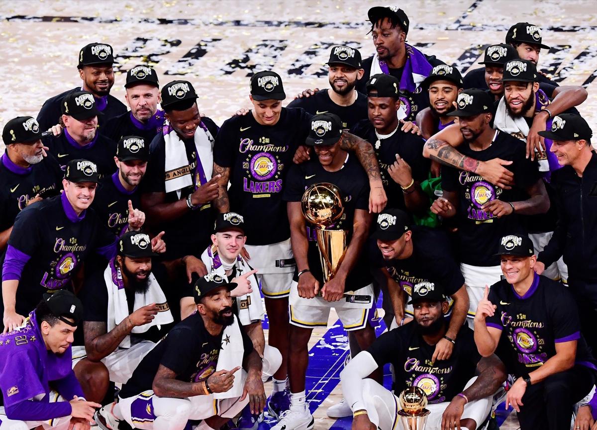 LeBron James'in tarihe geçtiği gece Los Angeles Lakers 17. şampiyonluğuna ulaştı