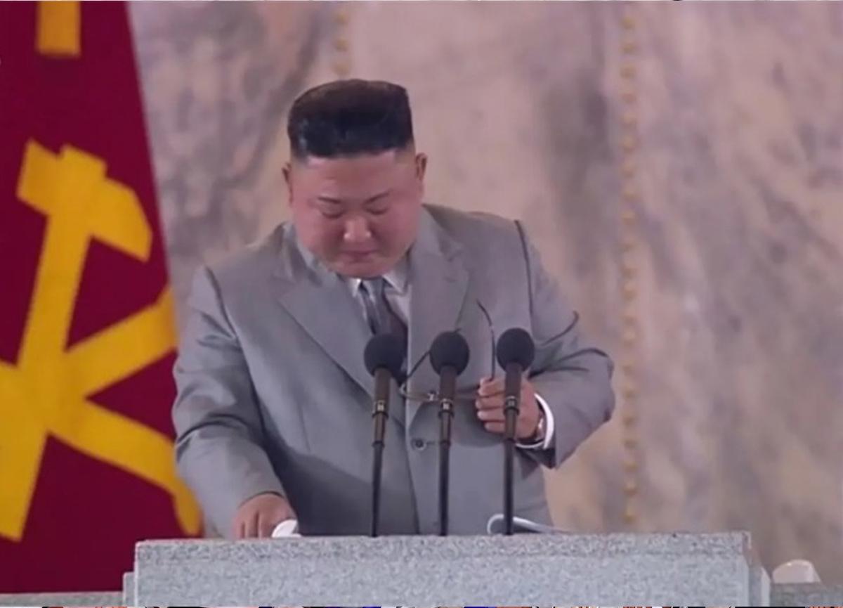 Kuzey Kore lideri Kim Jong-un'dan beklenmedik hareket: Gözyaşları içinde özür diledi