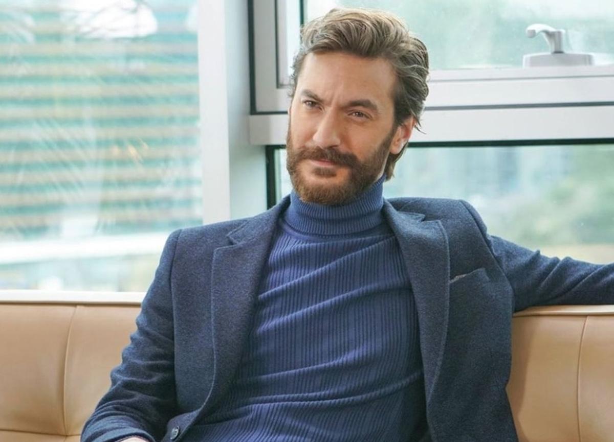 Sarp Can Köroğlu, uzun süredir birliktelik yaşadığı Ferhan Talib ile olan ilişkisini noktaladı