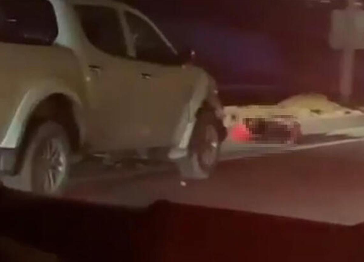 Hamile anne ile 1 yaşındaki bebeğine kamyonet çarptı!