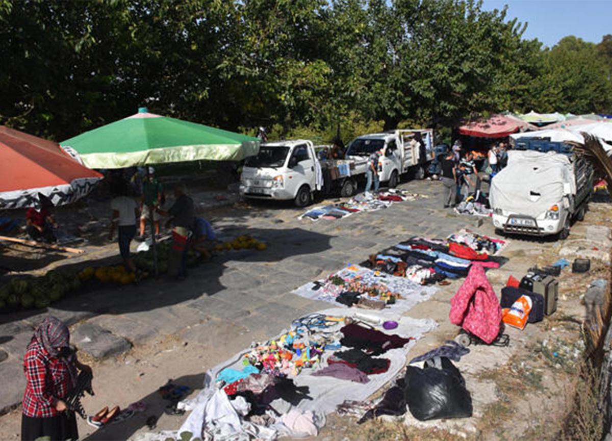 İzmir'de tarihi İpek Yolu, pazar yeri ve otopark oldu!