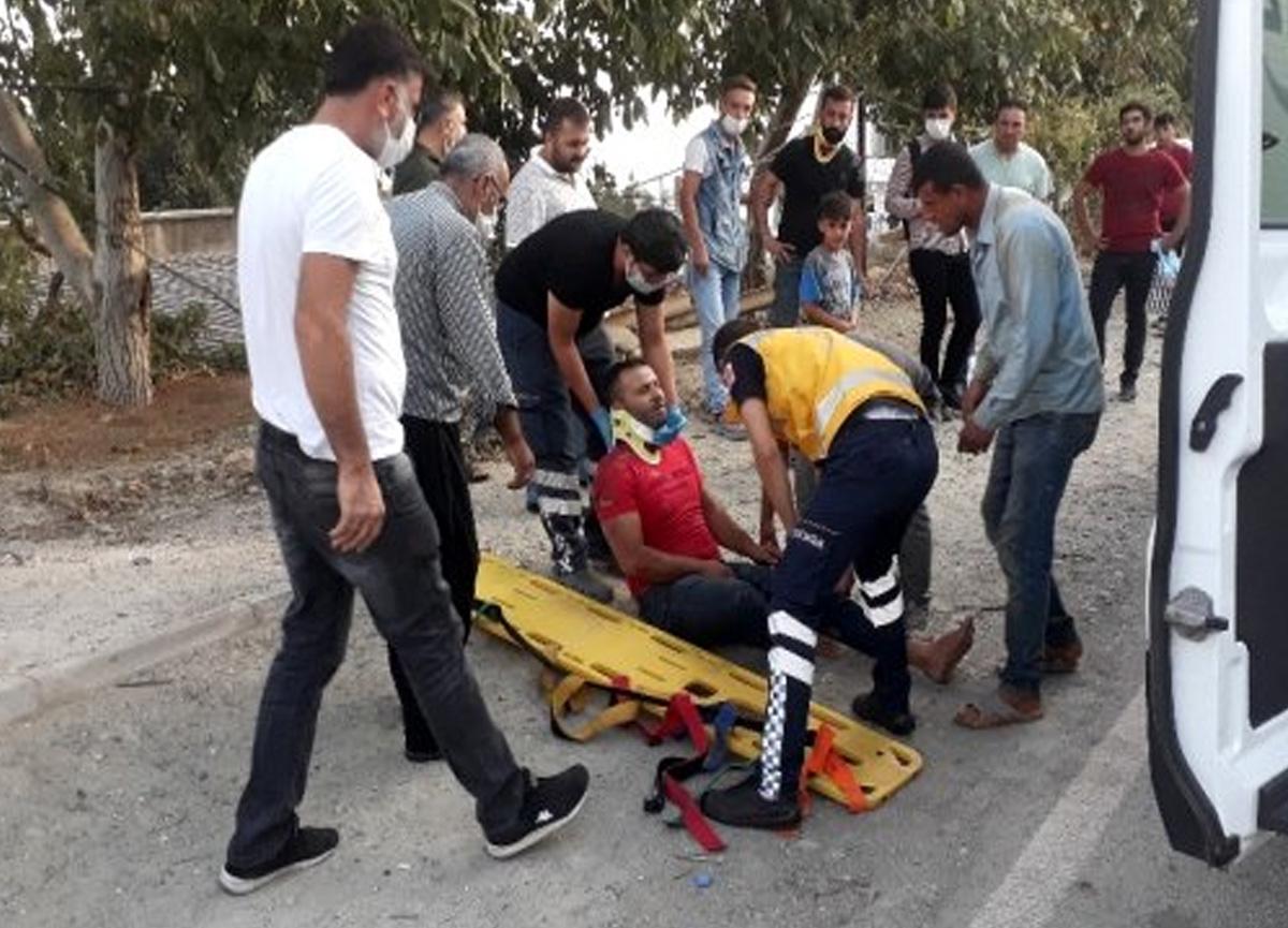 Otomobil motosiklete çarpıp kaçtı: 2 yaralı