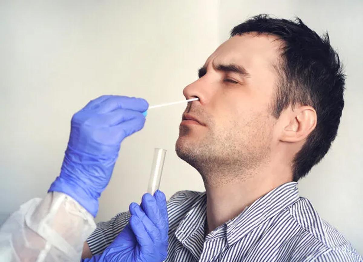 Koronavirüs testinde yeni yöntemde keşfedildi! Burundan ağrılı örnek almaya son veriliyor