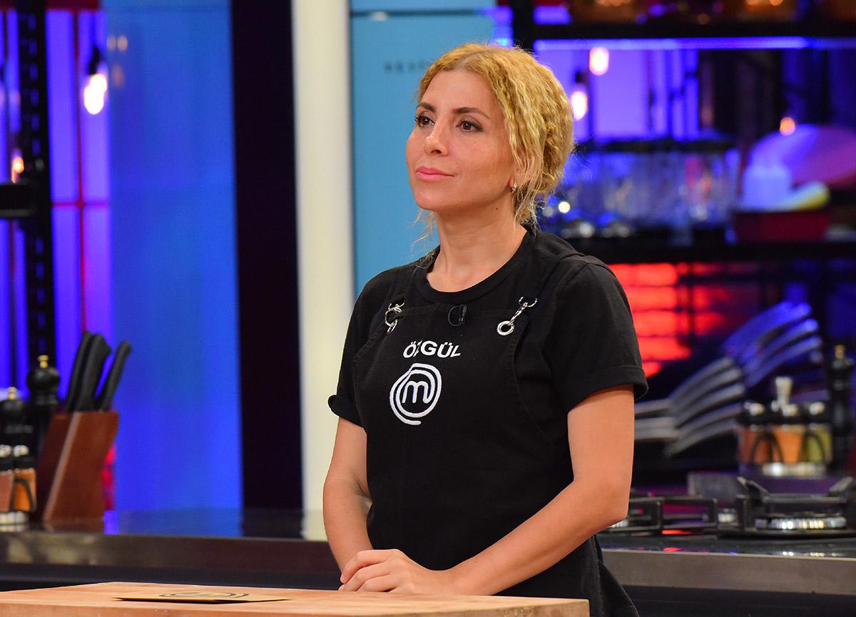MasterChef Özgül kimdir? MasterChef'te haftanın 2. eleme adayı olan Özgül Coşar kaç yaşında, evli mi?