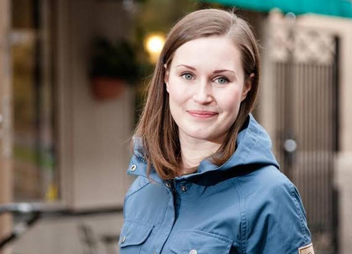 Finlandiya Başbakanı Sanna Marin'in sütyensiz göğüs dekolteli fotoğrafı ülkede tartışma yarattı
