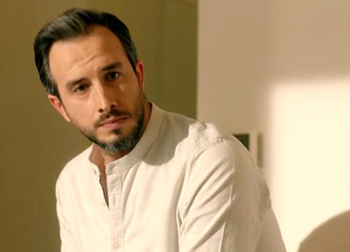 Menajerimi Ara dizisinin Çınar'ı Fatih Artman kız arkadaşıyla görüntülendi