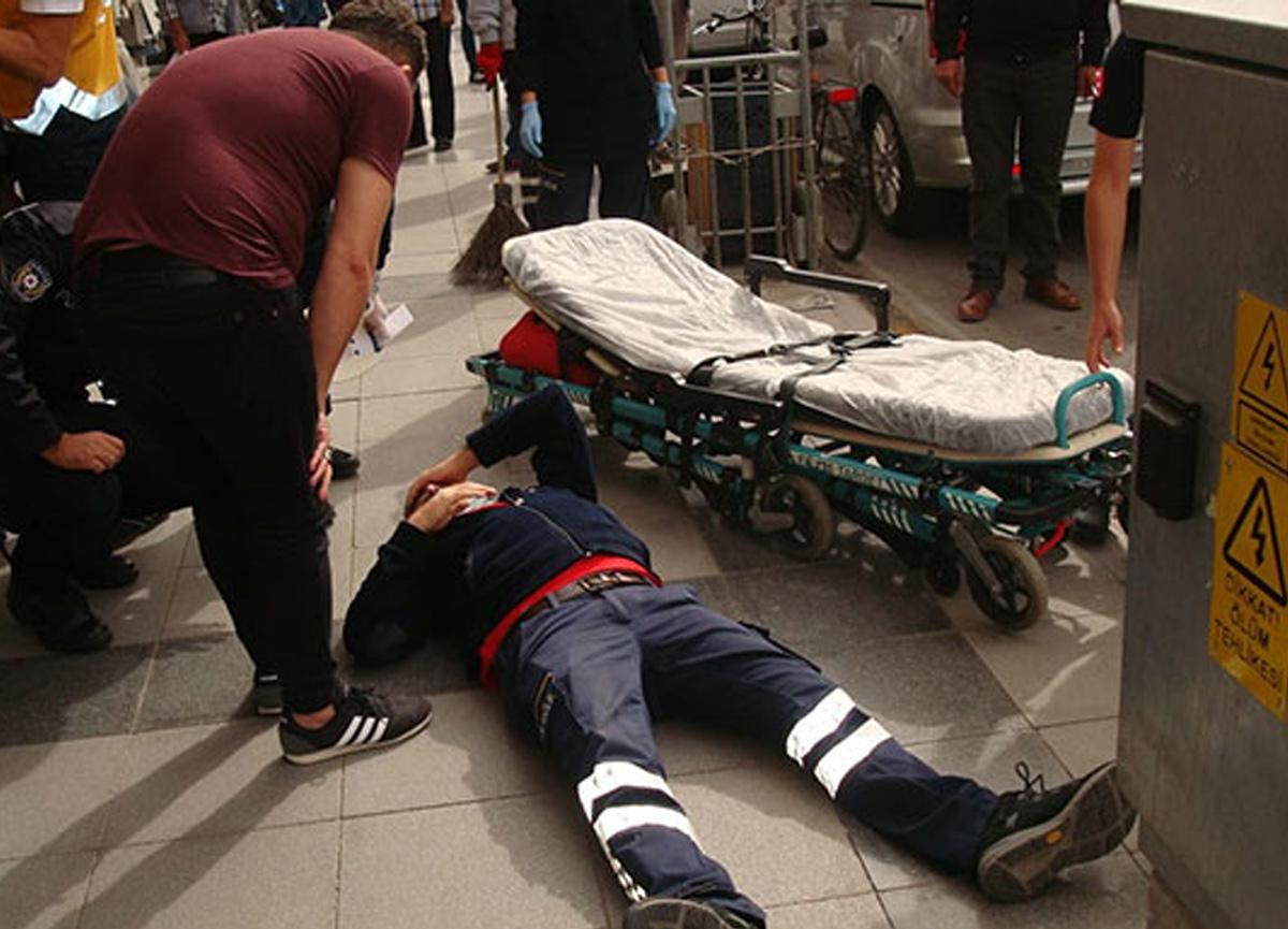 Eczane çalışanından şoke eden tepki! Maske denetimindeki sağlık görevlisine saldırdı