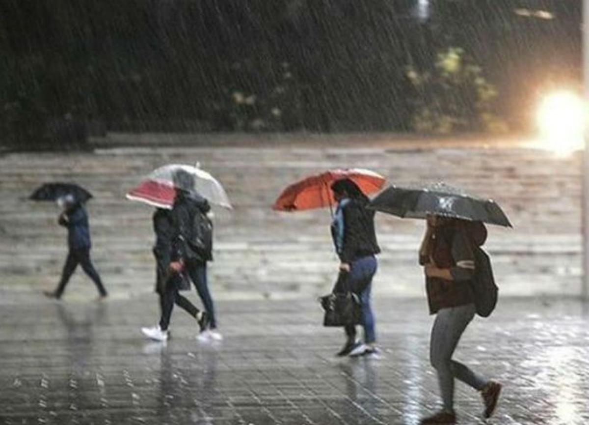 Meteoroloji'den kritik uyarı! 15 il için kuvvetli yağış ve fırtına uyarısı