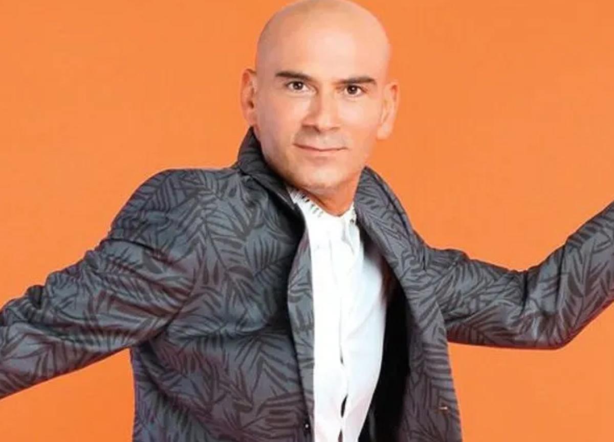 Şarkıcı Altay'ın Covid-19 test sonucunun pozitif çıktığı öğrenildi