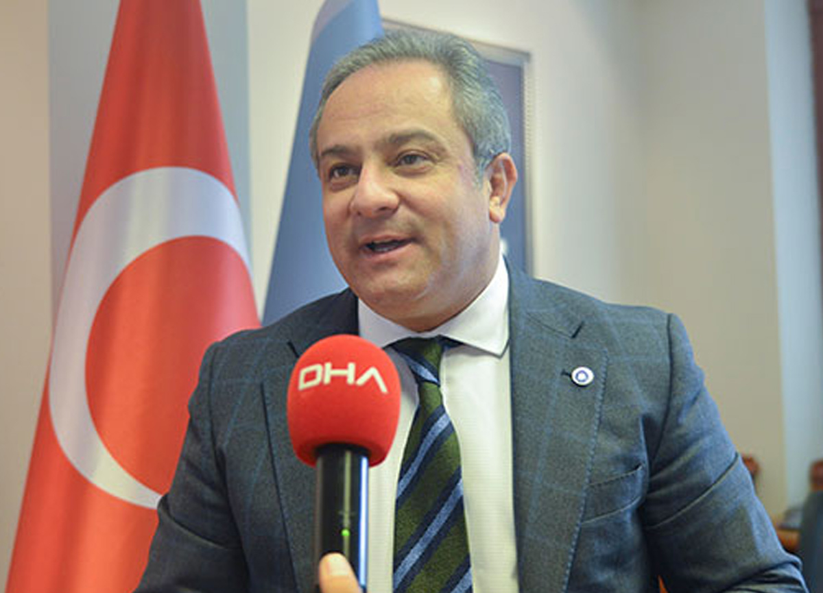 Prof. Dr. Mustafa Necmi İlhan, koronavirüs bulgularının mevsime göre değişkenlik gösterebildiğini söyledi