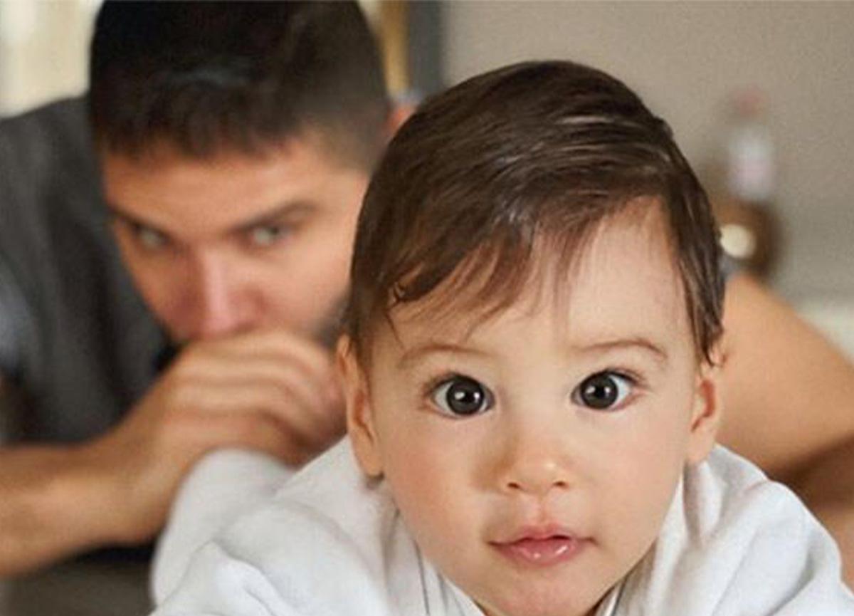 Tolgahan Sayışman: 'Mamamı yedim, babamın dizisini izliyorum'