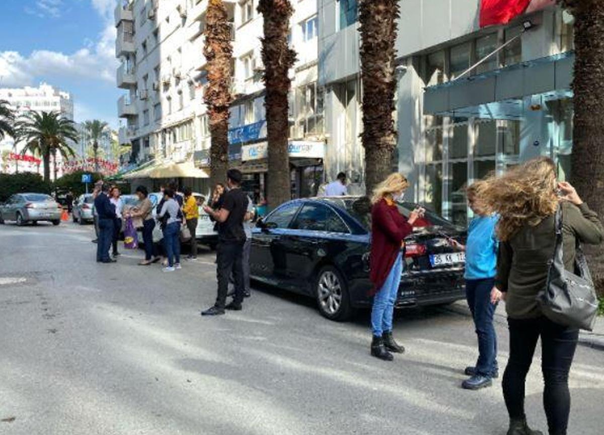 Tüm Türkiye'yi sarstı... İzmir'de korkutan deprem: 25 kişi hayatını kaybetti