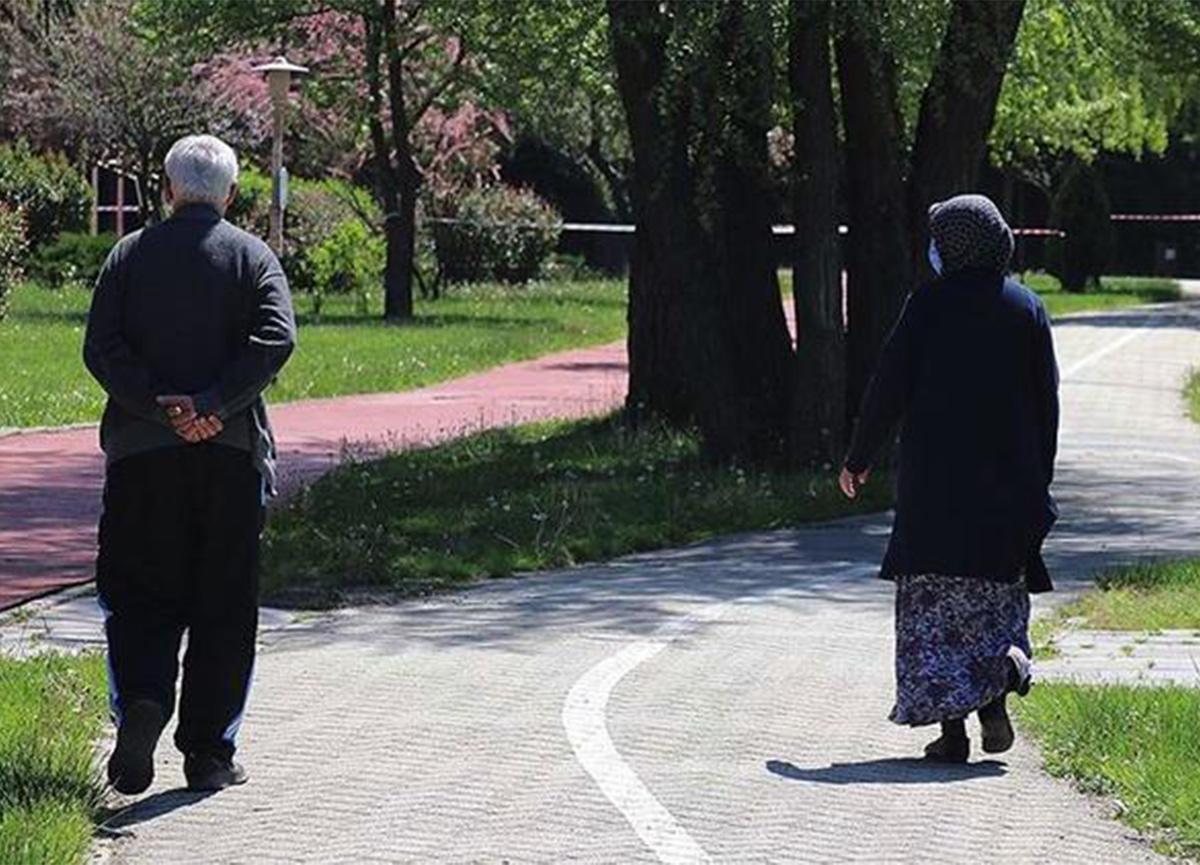 Son dakika: Bursa'da 65 yaş üstüne sokağa çıkma kısıtlaması geldi!