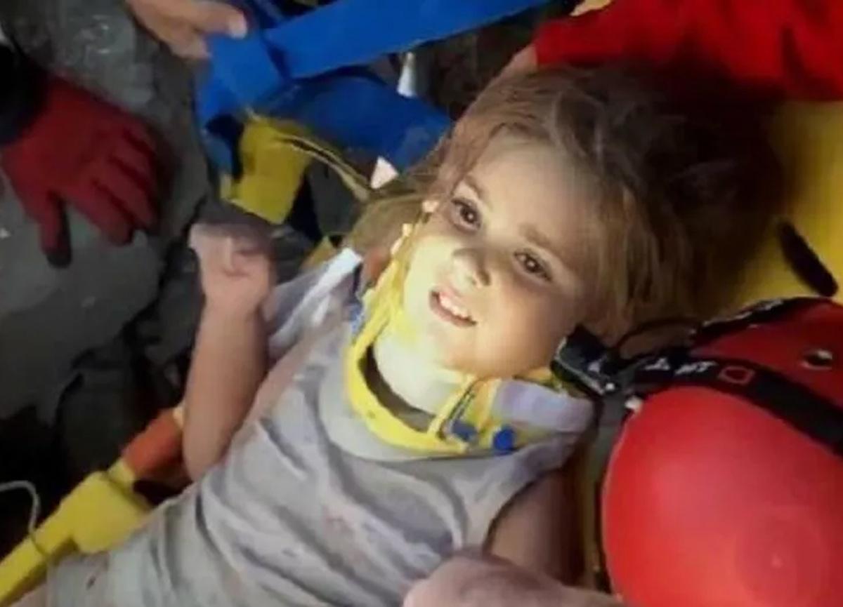 Tüm Türkiye'yi ağlatan Ayda'nın eğitim masraflarını Yurtiçi Kargo üstlendi