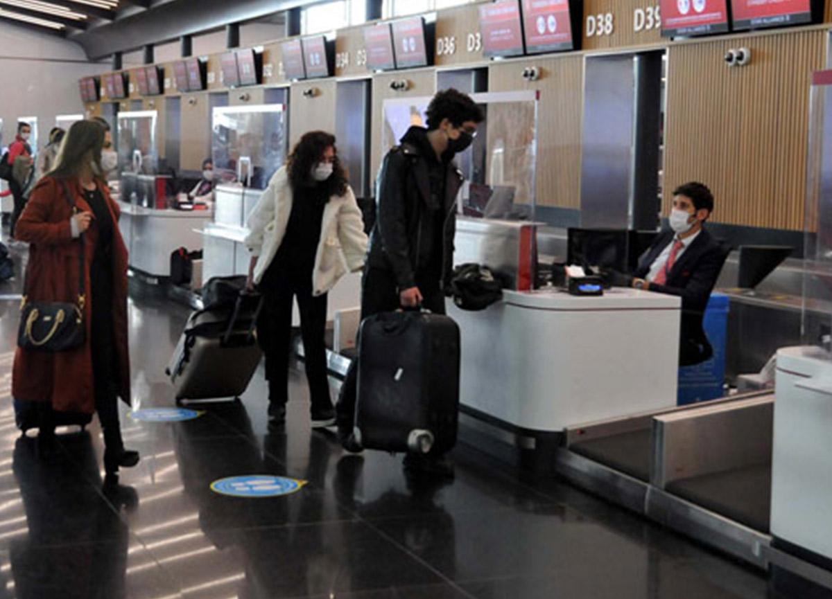 Sağlık Bakanı'nın uyarılarına rağmen İstanbul'da seyahat hareketliliği devam ediyor!