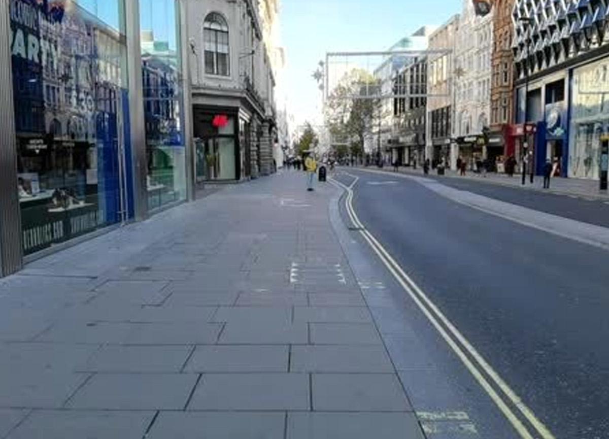 İngiltere'nin başkenti Londra yeniden sessizliğe büründü