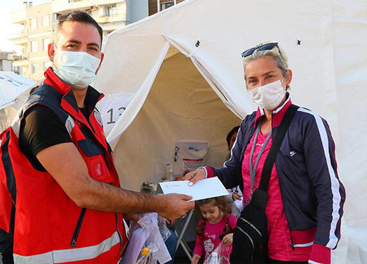 İzmirli depremzedelere mektup! 'Koronavirüse lütfen dikkat'