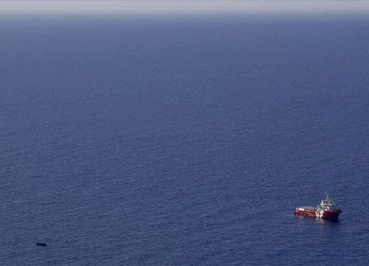 Libya'da göçmenleri taşırken batan teknede ölü sayısı 100'e yükseldi!