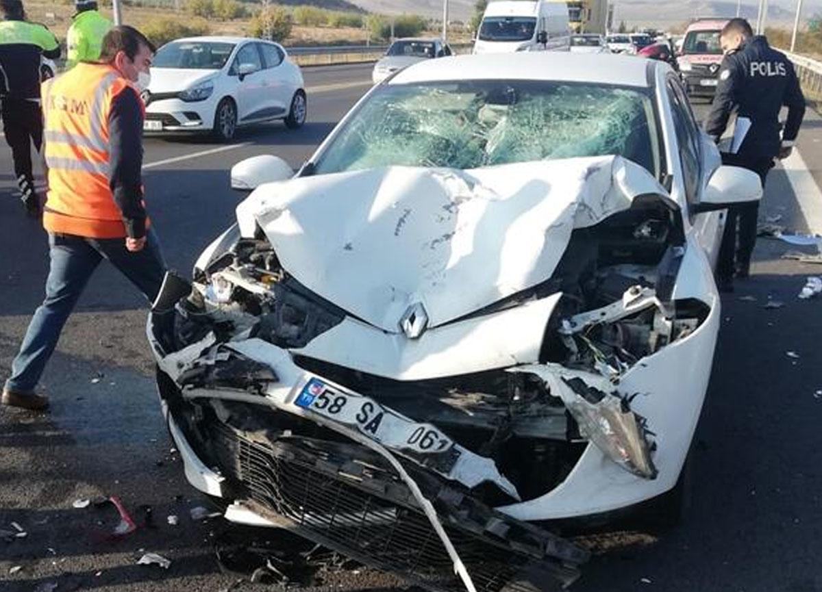 Mersin'de kahreden kaza! Özür dilemek için arabasından inince yaşamını yitirdi