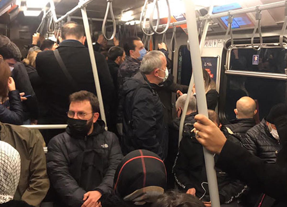 İstanbul'da Kirazlı-Yenikapı arasındaki metro hattında sosyal mesafe kuralına uyulmadı