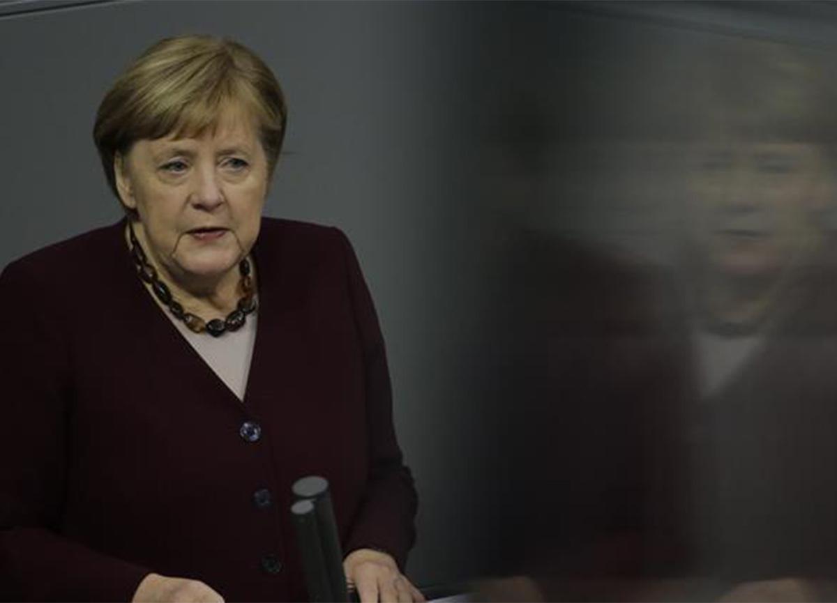 Almanya Başbakanı Angela Merkel, koronavirüs aşısı için tarih verdi!