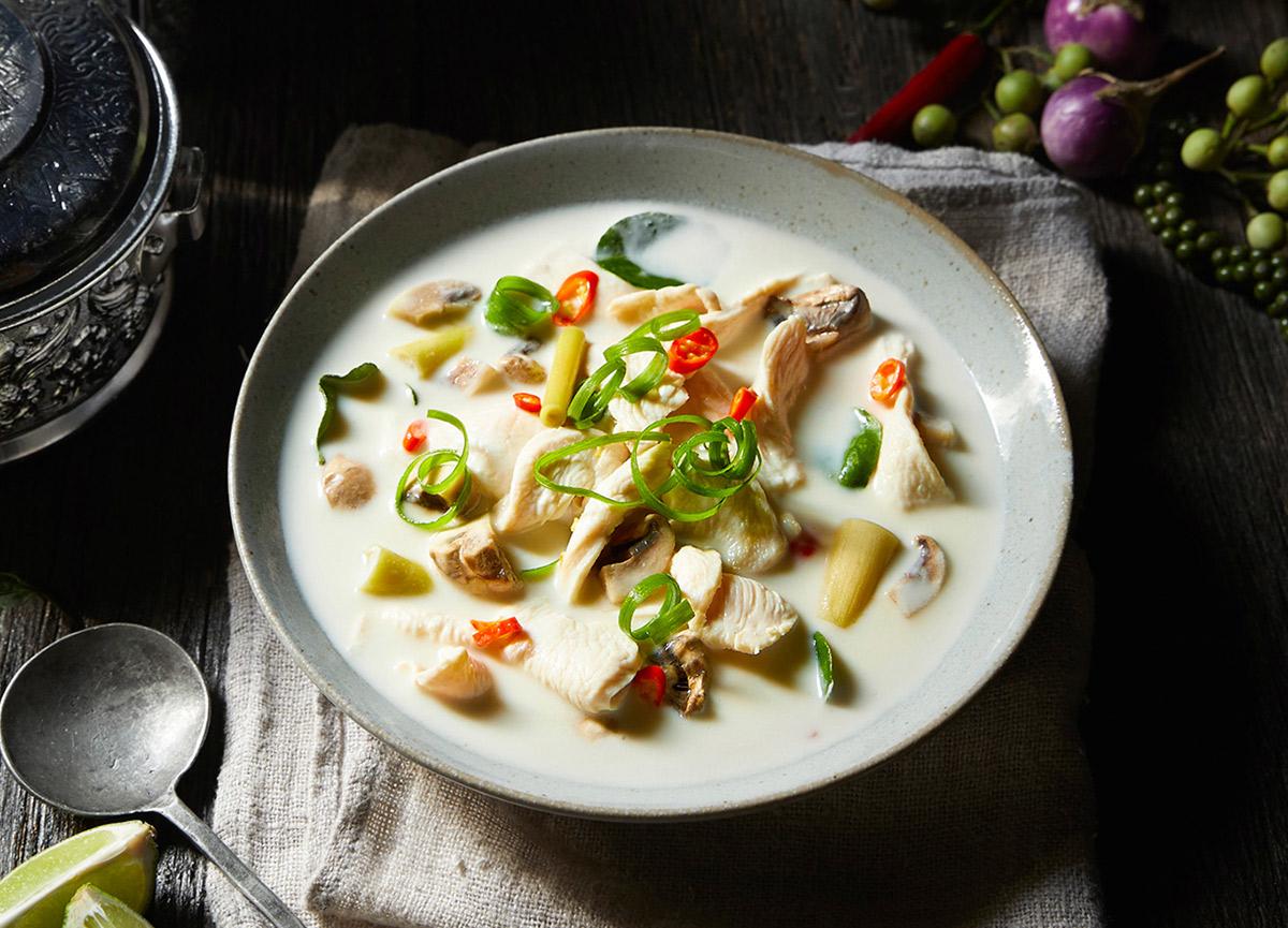 Tom Kha Kai nasıl yapılır? 29 Kasım MasterChef 2020 Tayland Tom Kha Kai çorba tarifi, püf noktası