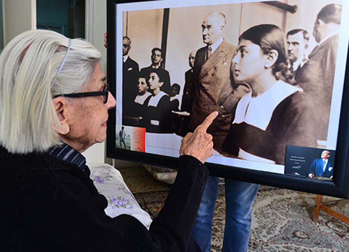Atatürk'le fotoğrafı bulunan Remziye Tatlı, 99 yaşında hayatını kaybetti