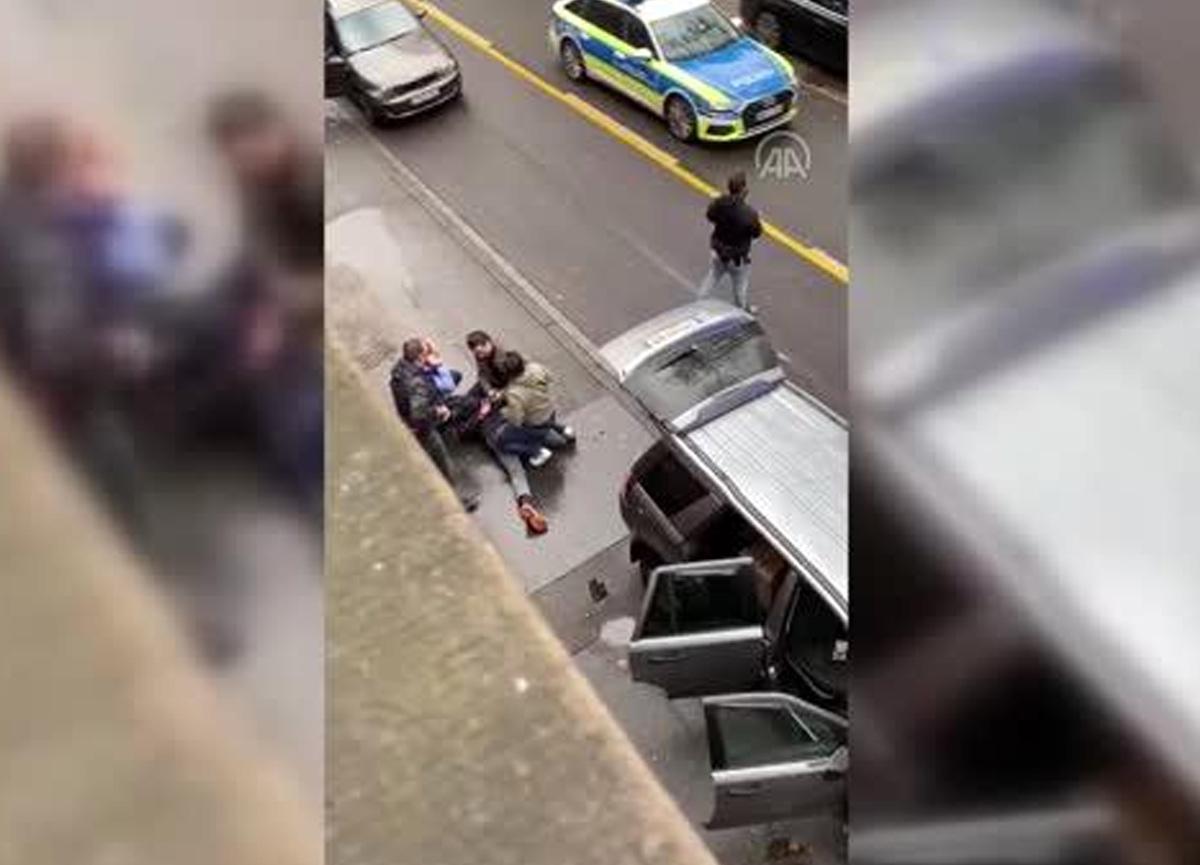 Arabayla yayaların arasına daldı! 2 ölü, 15 yaralı var