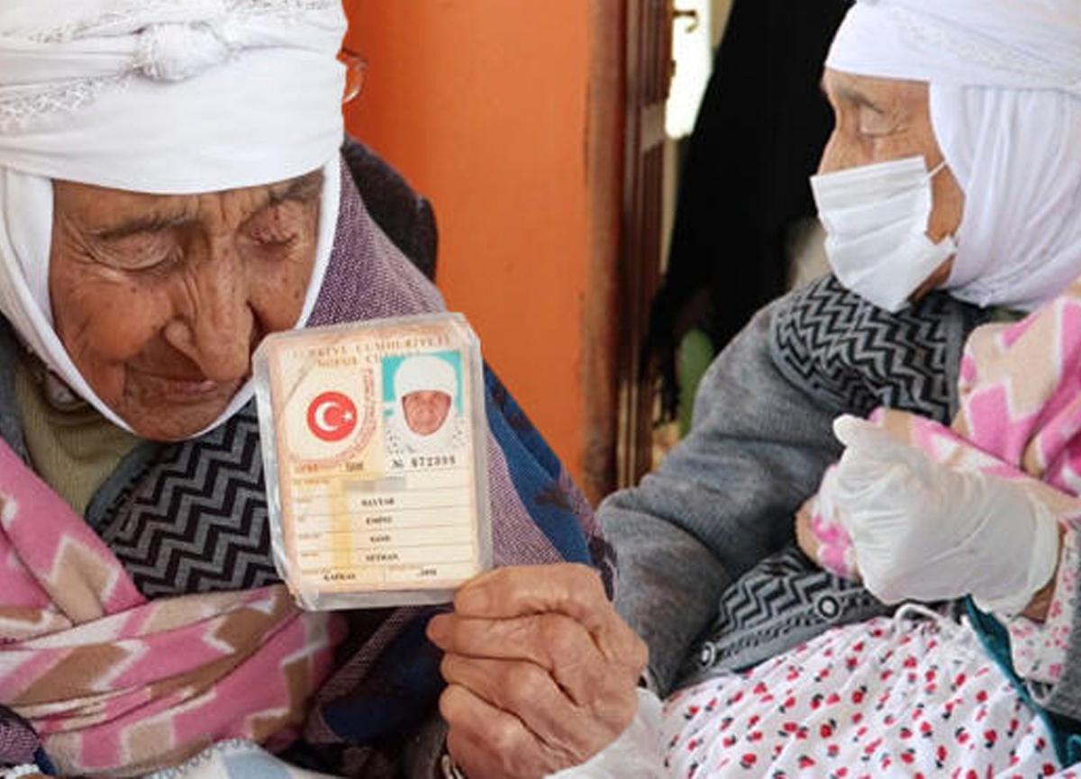 Türkiye'nin en yaşlı kadını olan Emine Baytar 22 yaşında hayatını kaybetti