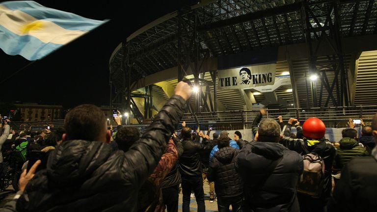 Napoli stadının adını değiştirdi! 'Diego Armando Maradona' ölümsüzleştirildi...