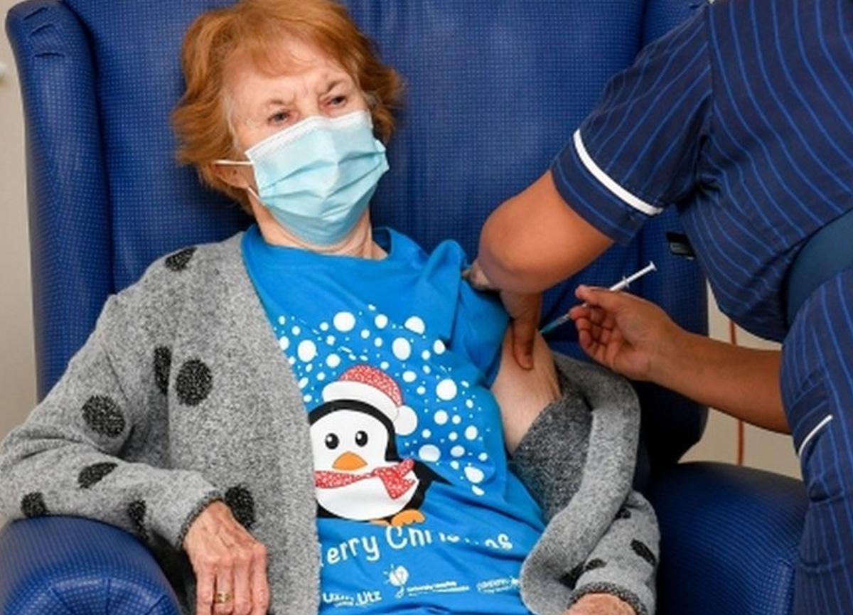 İngiltere'de Pfizer/BioNTech aşısını ilk yaptıran kadın Margaret Keenan konuştu