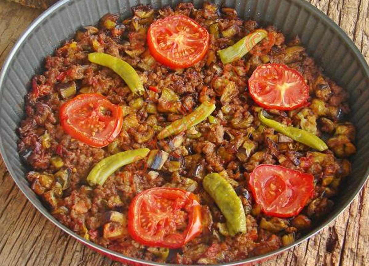 Patlıcan musakka tarifi, nasıl yapılır? 14 Aralık MasterChef 2020 patlıcan musakka malzemeleri ve yapılışı