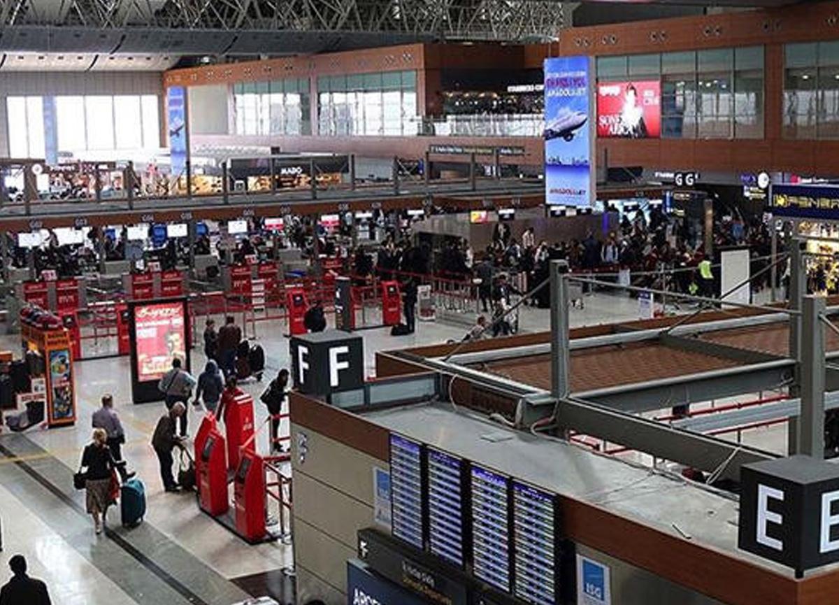 Yarın itibariyle yolcular uçaklara kabin bagajı yeniden alabilecek.