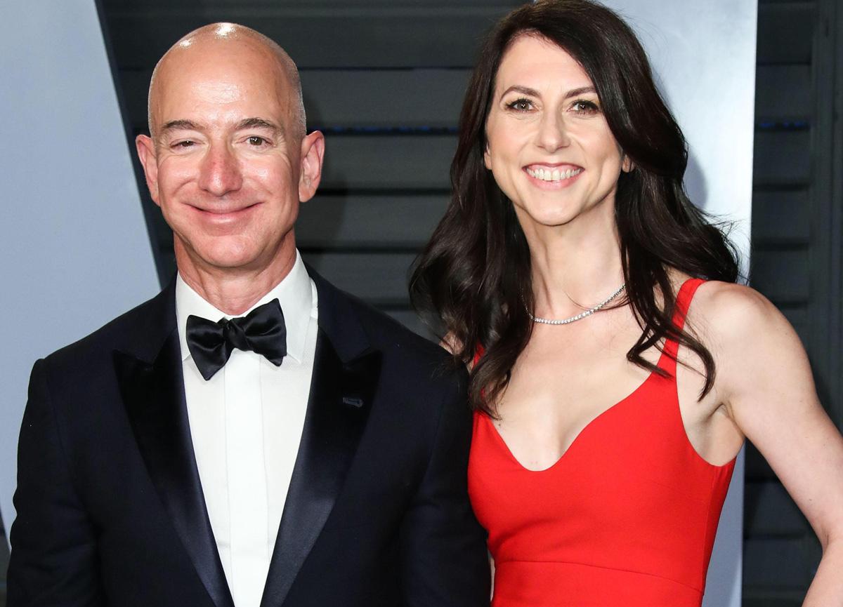 Jeff Bezos'un eski eşi MacKenzie Scott 4 milyar dolar bağış yaptı