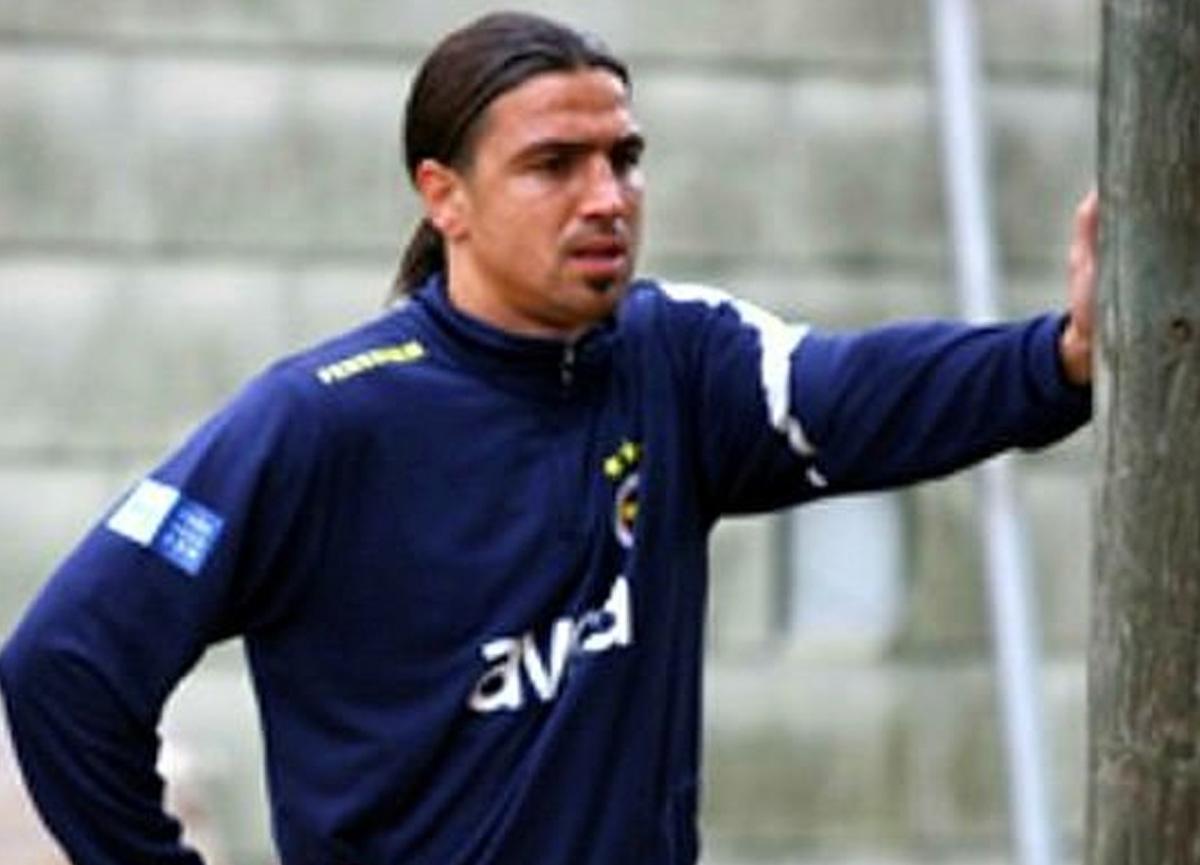 Eski milli futbolcu Mehmet Topuz 2 milyon 350 bin TL dolandırıldı.