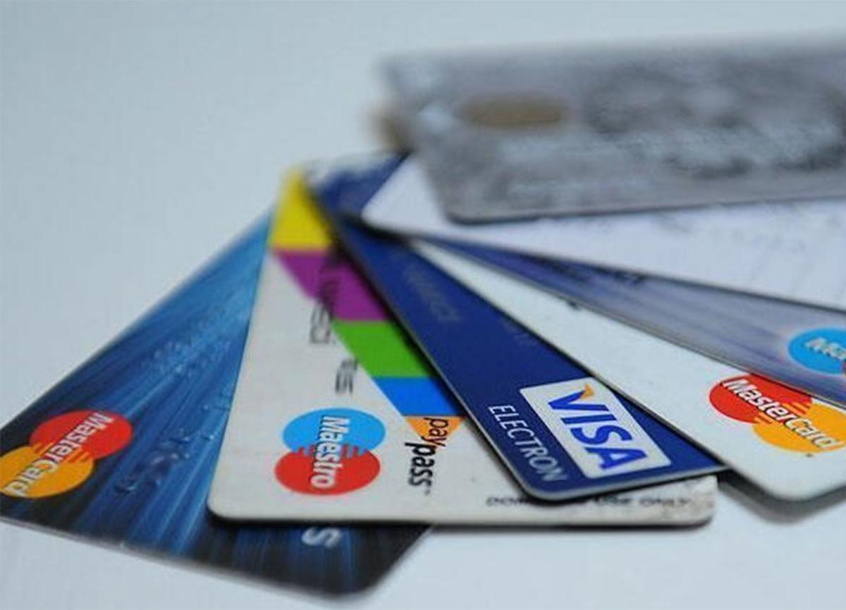 Son dakika: Kredi kartı taksit sayıları düşürüldü